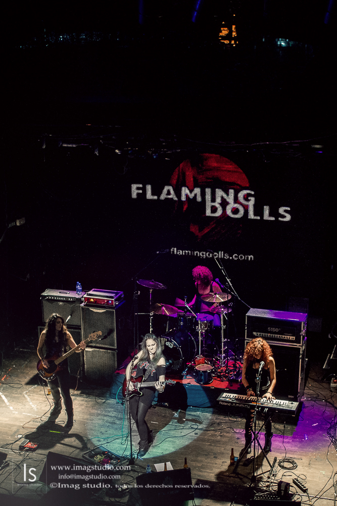 Flaming Dolls en la Sala Arena_49