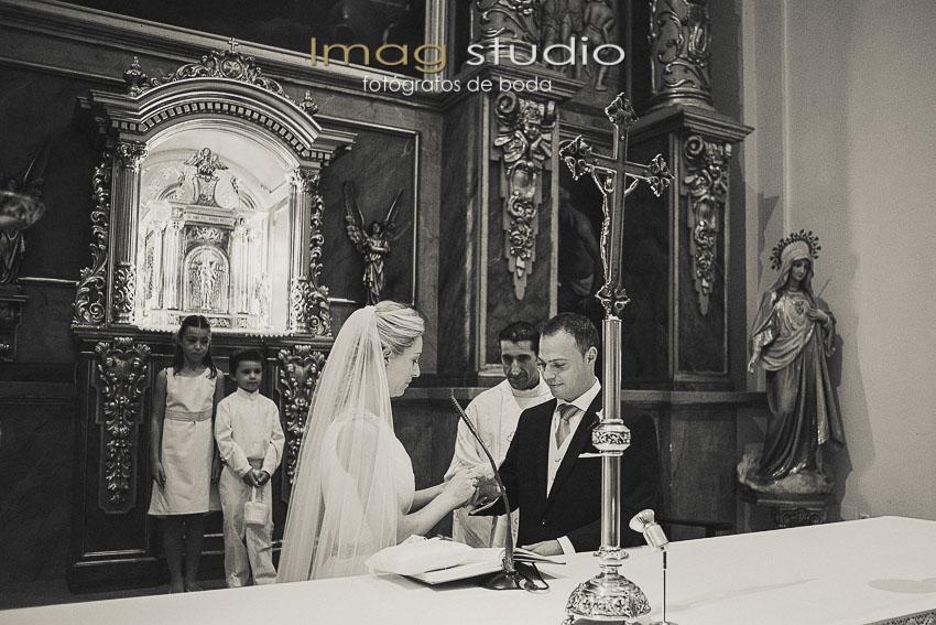 Parroquia de San Juan Evangelista fotografias de boda